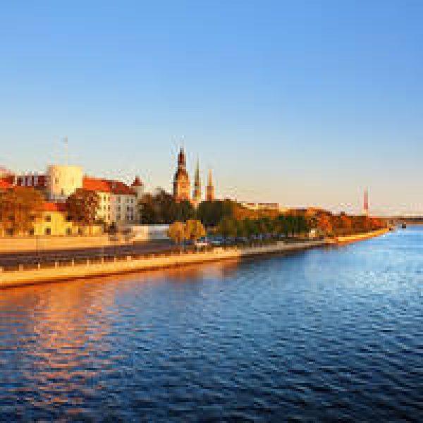 16-daagse autorondreis incl. overtochten Rondje Oostzee